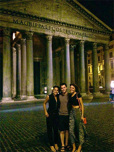 RILA students in front of the Pantheon